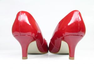 Red patent heels from back 761050_red_shoes_heels_2