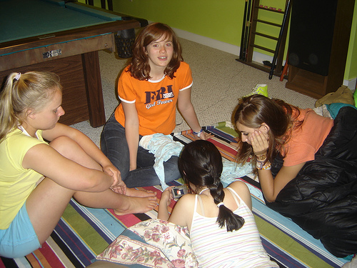 naked girls sleepover pictures